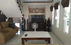 Property to rent in Chon Buri. Cozy villa in Pattaya, Thailand. Furnished house near the sea. Rent for any length of time