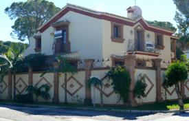 3 bedroom houses for sale in Andalusia. Magnificent Villa in El Presidente, New Golden Mile, Estepona