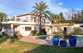 Villas and houses to rent in Saint-Tropez. Saint-Tropez — Charming property