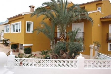 6 bedroom houses for sale in Calpe. Villa of 6 bedrooms in Calpe