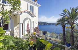 4 bedroom houses for sale in Nice. Three-storey villa with a pool, a Mediterranean garden and a sea view, Nice, France