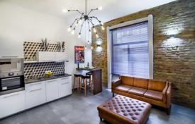 Residential for sale in Budapest. Partially furnished apartment with a sauna, in a residence with a garage, in the VII district of Budapest, Hungary