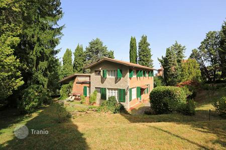 3 bedroom houses for sale in Umbria. VILLA FOR SALE IN UMBRIA, CITTÀ DELLA PIEVE