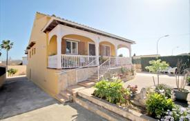 Comfortable cottage with a guest apartment, a terrace, a parking and a garden, Son Ferrer, Spain for 640,000 €