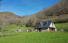 2 bedroom houses for sale in France. Spacious villa with a pond, a pasture and outbuildings, Lourdes, France