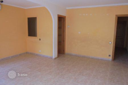 Foreclosed 3 bedroom apartments for sale in Catalonia. Apartment – Vilafranca del Penedès, Catalonia, Spain