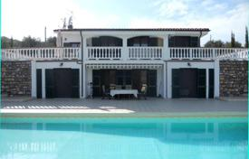 Houses for sale in Imperia (city). New villa with swimming pool in Imperia, Italy