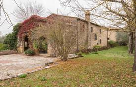 5 bedroom houses for sale in Italy. Agricultural – Siena, Tuscany, Italy