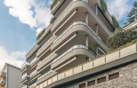 New two-level apartment with large terraces, a garage and a lake view, Como, Italy for 1,950,000 €