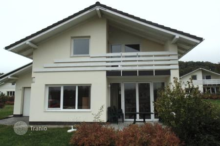Houses for sale in Várgesztes. Detached house – Várgesztes, Komarom-Esztergom, Hungary
