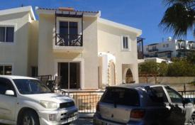 3 bedroom houses for sale in Tsada. 3 Bedroom Villa With Title Deeds in Tsada, Quiet Road, Private Road