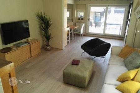 2 bedroom apartments for sale in Florence. Furnished apartment with a terrace and a sauna, in a small building, Florence, Italy. High rental potential!