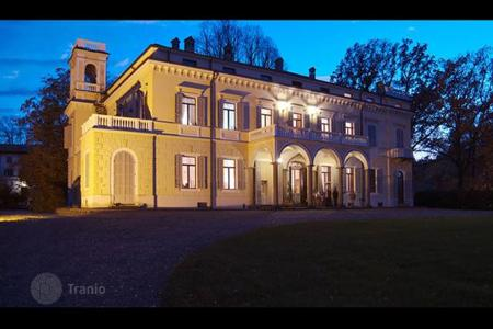 Coastal houses for sale in Parma. Villa – Parma, Emilia-Romagna, Italy