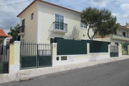 4 bedroom houses for sale in Lisbon. Villa with magnificent views of the hills of Sintra, Cascais, Portugal
