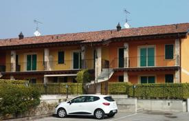 5 bedroom apartments by the sea for sale in Italy. Apartment – Lido di Manerba, Lombardy, Italy