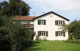 Luxury 6 bedroom houses for sale in Central Europe. Ancient cottage with a private garden, a garage and a terrace, near the lake, Starnberg, Germany