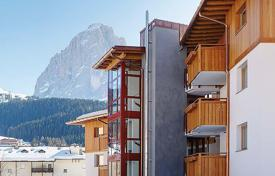 1 bedroom apartments for sale in Italian Alps. Apartment – Selva di Val Gardena, Trentino — Alto Adige, Italy