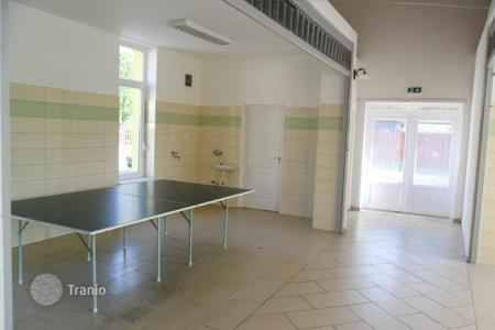Retail space for sale in Pest. Shop – Göd, Pest, Hungary