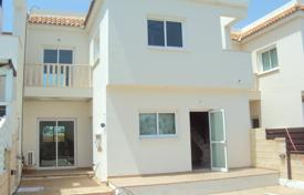 Coastal townhouses for sale in Famagusta. 3 Bedroom TownHouse with Pool and Roof Garden