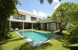 Houses for sale in Bali. Cozy villa with four bedrooms, a garden and a swimming pool, Berawa, Bali
