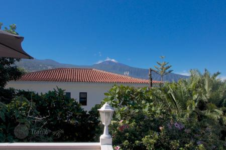 Property for sale in Orotava. Villa - Orotava, Canary Islands, Spain