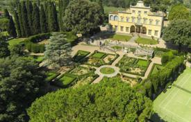 Beautiful villa built in the fifth century, Florence, Italy. Price on request