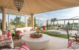 Luxury 3 bedroom apartments for sale in Côte d'Azur (French Riviera). Cannes — Croix des Gardes — Penthouse