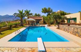 Villas and houses for rent with swimming pools in Crete. Villa – Chersonisos, Crete, Greece