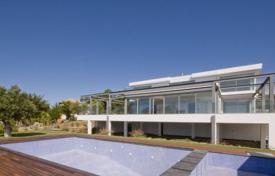 Residential for sale in Lisbon. Villa – Lisbon, Portugal