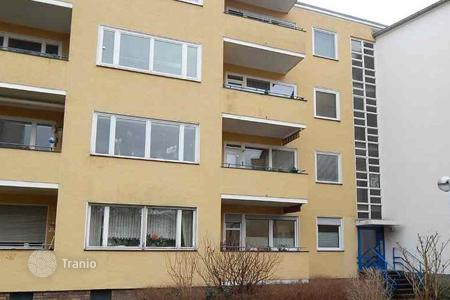 Cheap commercial property in Germany. Three-bedroom apartment in Southern Berlin with a 3,8% yield