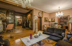 Luxury apartments for sale in Barcelona. Spacious apartment with a private garden in a building with a parking in a prestigious area, Barcelona, Spain