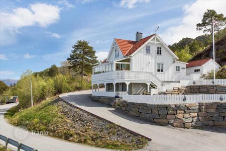 Property for sale in Northern Europe. Detached house – More og Romsdal, Norway