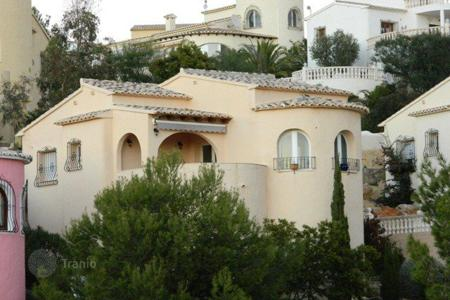 Cheap residential for sale in Cumbre. 2 bedroom villa with sights to Sierra Bernia mountains in Montecala, Benitachell