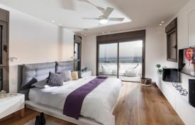 Residential for sale in Tel Aviv. Spacious 2-level apartment with a large balcony and a furniture, in the center of Tel Aviv, Israel