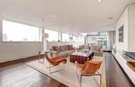 Penthouses for sale in London. Two-level penthouse with two terraces, Westminster, London, United Kingdom