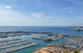 4 bedroom apartments by the sea for sale in Spain. Apartment – Blanes, Catalonia, Spain