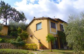 Spacious furnished estate with orchard and pool, Perugia, Italy for 640,000 €