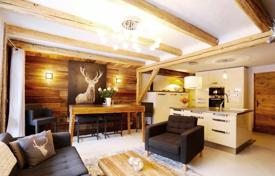 Residential for sale in Savoie. Apartment – Courchevel, Auvergne-Rhône-Alpes, France
