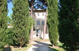 Villas and houses to rent in Arezzo. Villa del Borgo
