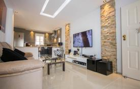 Residential for sale in Valencia. Furnished two-bedroom apartment in Torrevieja, Los Altos area