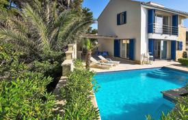 Property for sale in Split-Dalmatia County. Villa with a private garden, two swimming pools, a parking and a sea view, Brac, Croatia