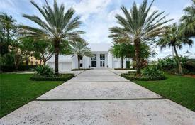 6 bedroom houses for sale in North America. Detached house – Hollywood, Florida, USA
