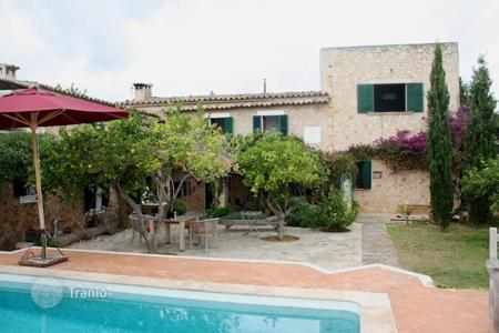Property for sale in Santa Maria del Cami. Villa – Santa Maria del Cami, Balearic Islands, Spain