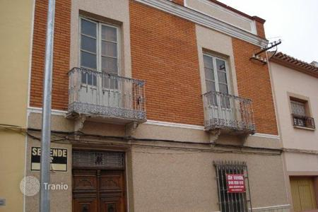 Foreclosed 5 bedroom houses for sale in Spain. Villa – Tomelloso, Castille La Mancha, Spain
