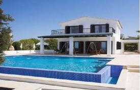 Property for sale in Paphos. Luxury Villa, Panoramic Views, 100m To Beach — Sea Caves