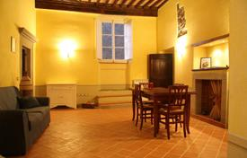 Property for sale in Tuscany. Prestigious luxury apartment historic centre for sale in Toscana Maffei