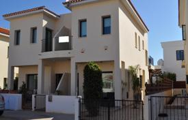 Coastal townhouses for sale in Paralimni. Three Bedroom Semi Detached House with Title Deed in Paralimni