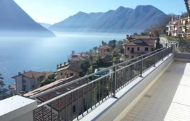 Coastal residential for sale in Sala Comacina. Lake Como, Sala Comacina apartment N. 1 with pool