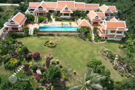 4 bedroom villas and houses to rent in Surat Thani. Family villa in Bophut