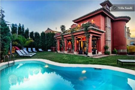5 bedroom villas and houses to rent in Malaga. Villa – Malaga, Andalusia, Spain